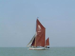 algemite_of_harwich_barge